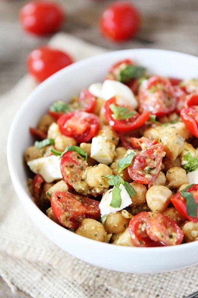 Tomate, Mozarella y Garbanzos